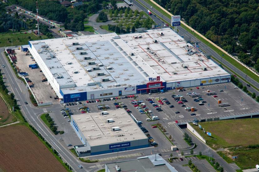 Retail - Hypermarket TESCO Plzeň